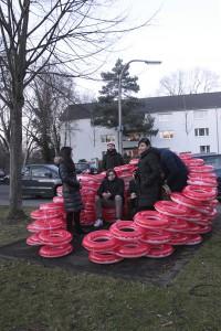 Dreihausfrauen - Gummikavalier